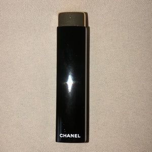 Chanel Rouge allure lip colour 247 ultraberry